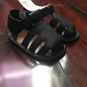 Shoes - Brand new baby shoes did not fit my kid